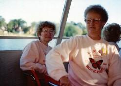 1990_16